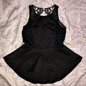 Black blouse 🖤